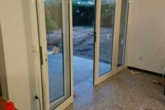Cambio de puerta con fijos laterales Planas del Rey