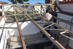 Desmontage techo, corte de vigas de hierro - copia